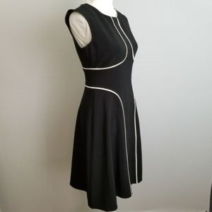 NWT London Style black/white sleeveless dress Sz 4
